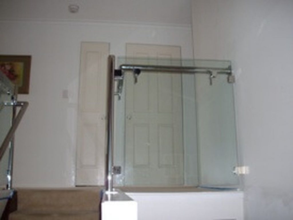 Single Glass Board Balustrade